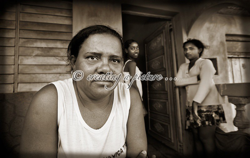A Mother's Gaze - Cuba