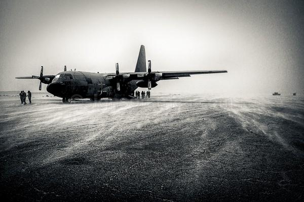 French Airforce, Armée de l'Air, Hercules C-130, Dirkou, Niger, Sahel, Sandstorm