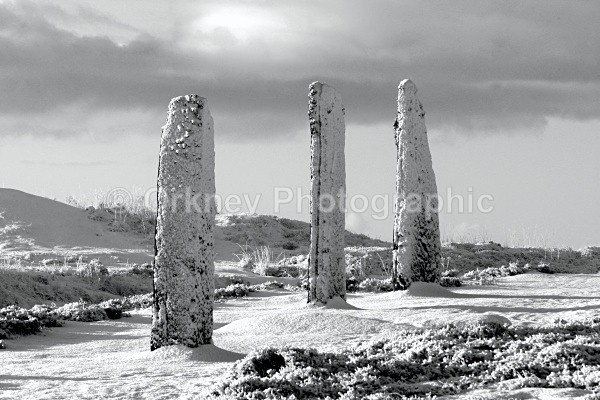 3 stones bw - Orkney Images