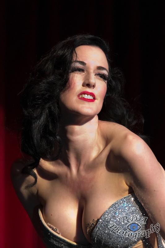 7 Carrie-Ann O'Dell, Burlesque