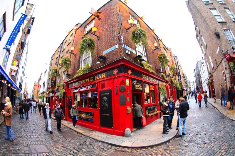 The Temple Bar Pub - Temple Bar - Dublin - through a fisheye lens
