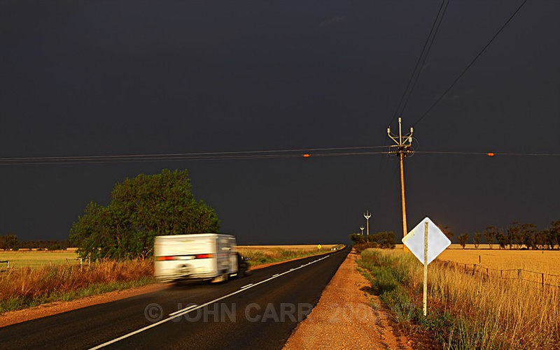Into the Storm-2466 - LIGHTNING STORMS IN SOUTH AUSTRALIA 5th NOV 2012