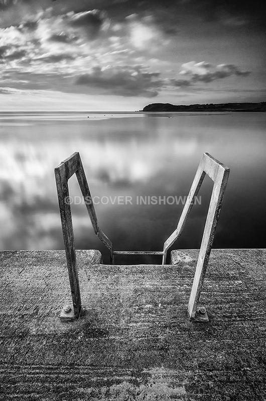 Bunagee Pier - Inishowen peninsula- B&W