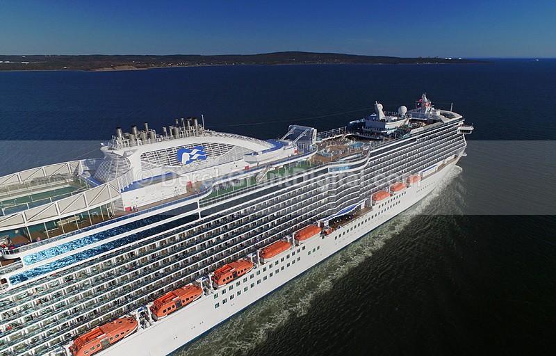Regal Princess Love Boat Cruise Ships Saint John New Brunswick Canada - Cruise Ships