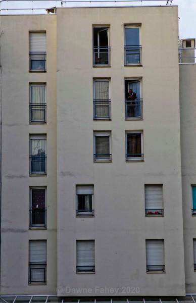 - Paris 4