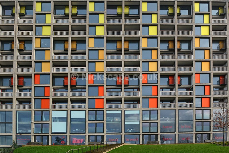 Close up view of the iconic Park Hill Flats in Sheffield | Yorkshire Architecture Gallery