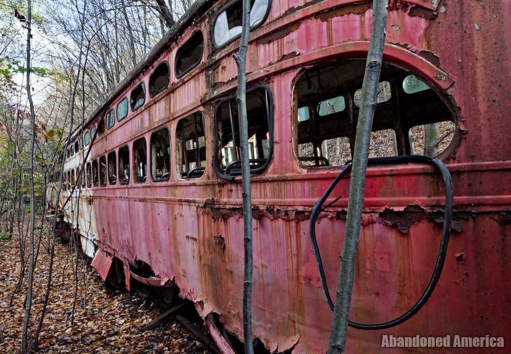 Trolley Graveyard | Rotting Rubber Window Seals - The Trolley Graveyard