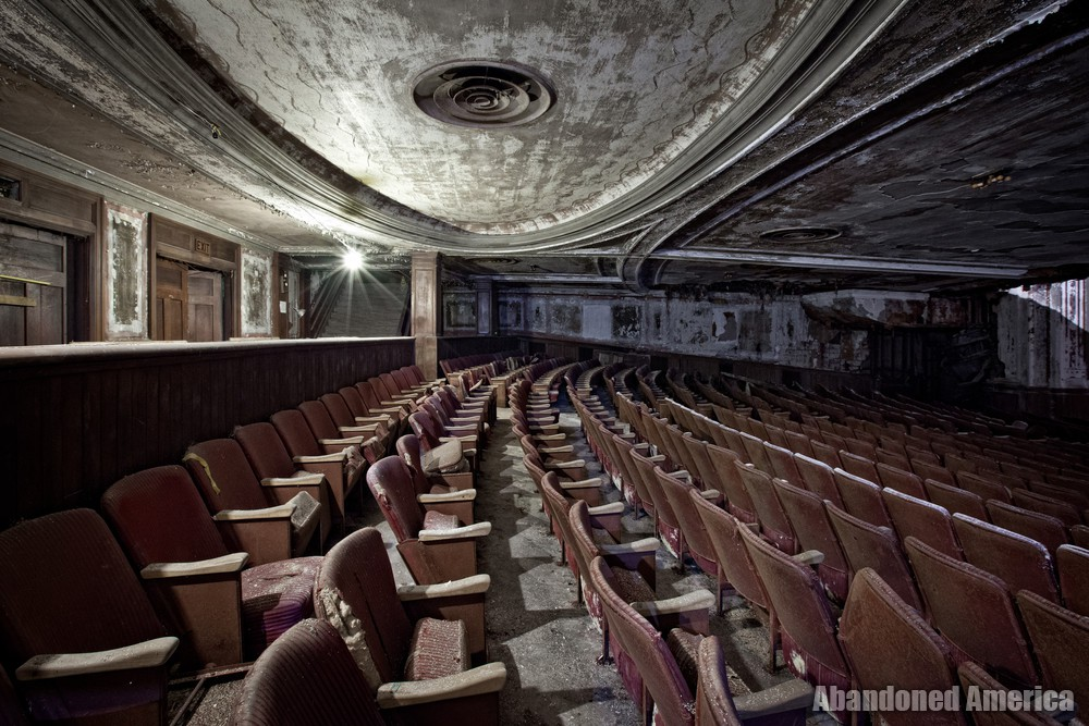 Victory Theatre (Holyoke MA) | Lower Level Seating Profile - The Victory Theatre