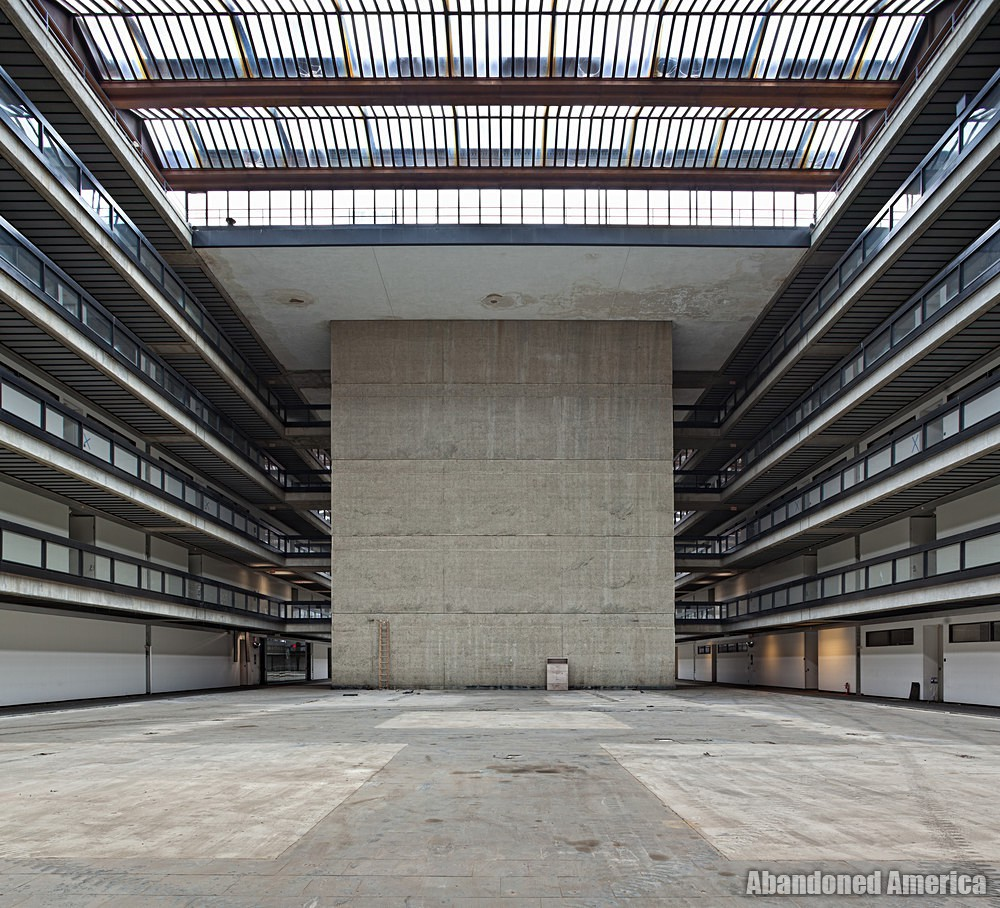 Bell Labs (Holmdel, NJ) | Saarinen's Swan Song - Bell Labs