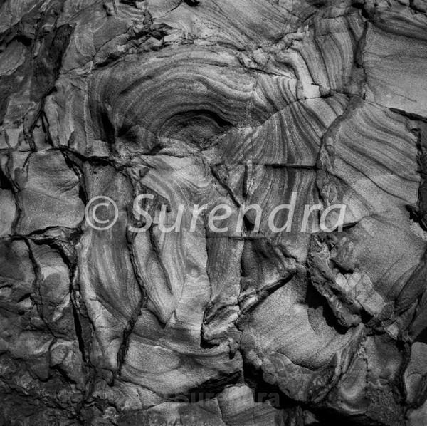 Eroded Rocks # 14D - Eroded Rocks  自然に老化を重ねた岩石