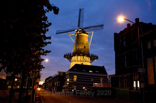 - Dordrecht by Night