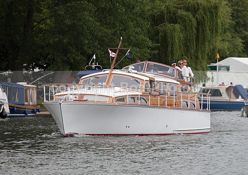 130704 RAJDHANI 1330595D23015HaraldJoergens - HENLEY ROYAL REGATTA - Thursday 4th July 2013
