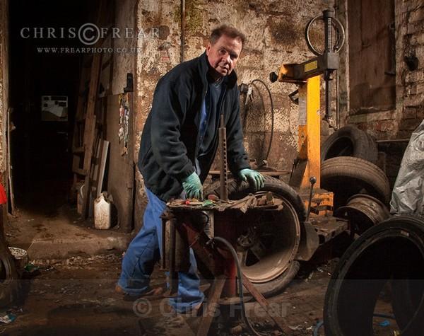Morton's Tyreshop II - Workshop Portraits