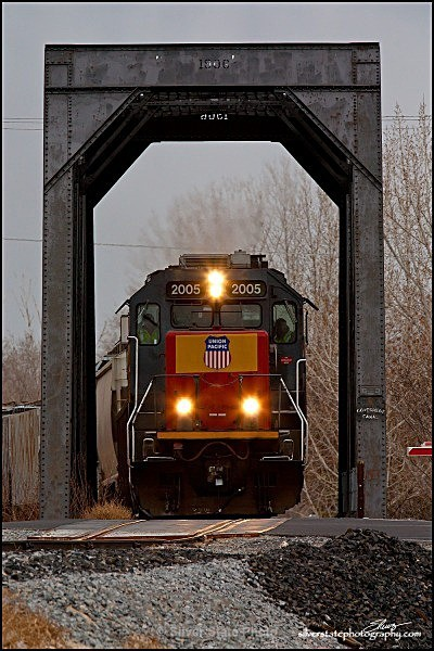 Train Crossing IMG_0277-a-web - 'Variety'