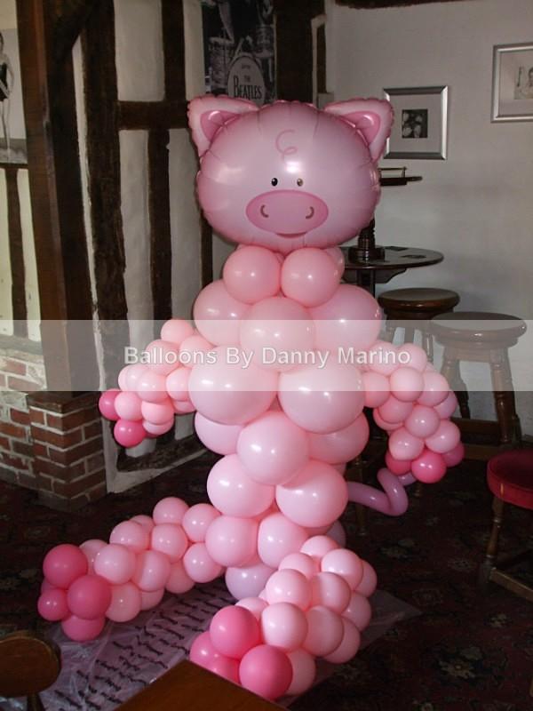 Pig Sculpture - Balloon Sculptures