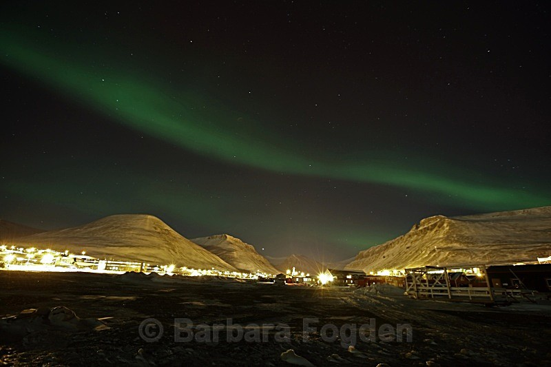 Northern light over Longyearbyen 5118 - Polar night