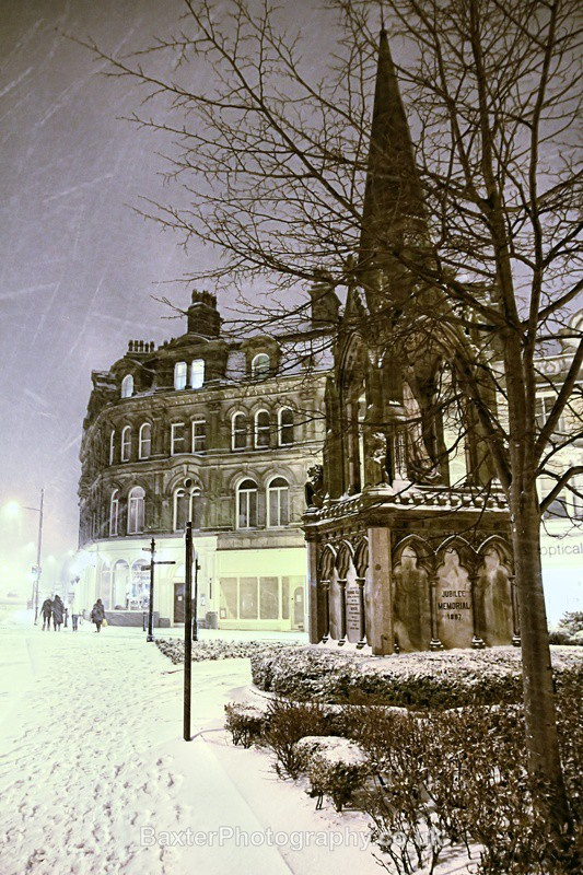 The Victoria Monument - Harrogate Town