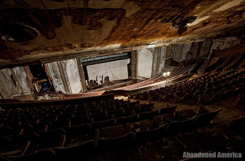 Victory Theatre (Holyoke MA) | Nosebleed Section - The Victory Theatre