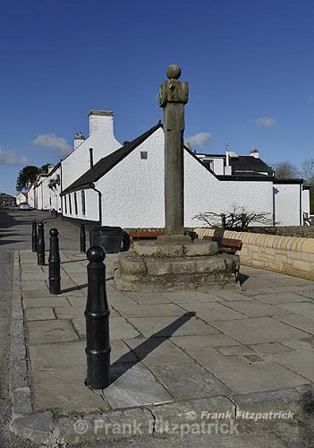 The Mercat cross, Houston, Renfrewshire, Scotland. - Renfrewshire