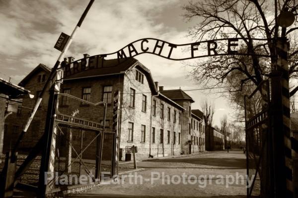 Auschwitz Gateway - Auschwitz