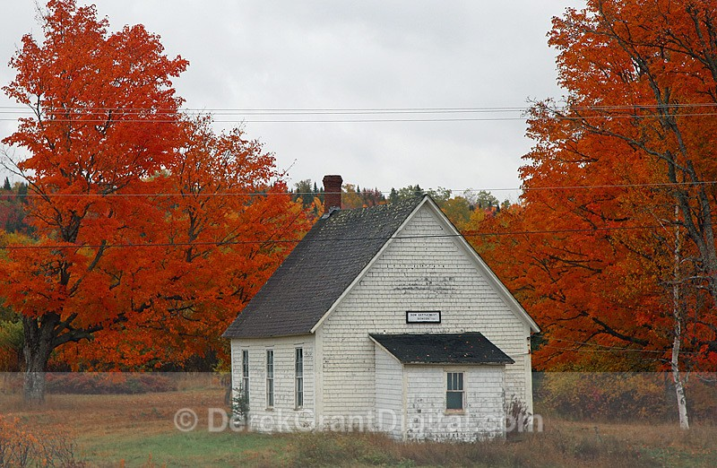 Dow Settlement One-Room Schoolhouse Circa:1889 NB Canada - Old Barns & Buildings