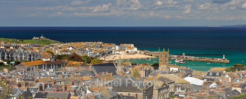 Panoramic view of St. Ives Harbour, Cornwall - Cornwall, England