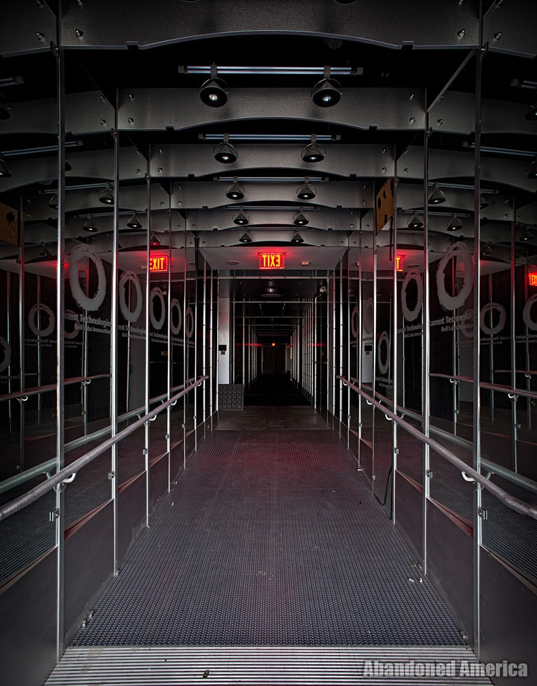 Bell Labs (Holmdel, NJ) | Hall of Mirrors - Bell Labs