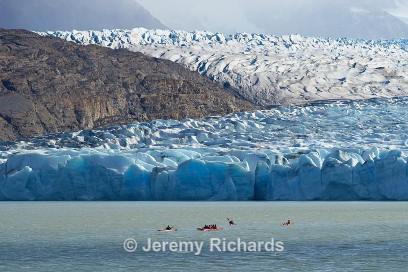Kayaking in Lago Grey - Torres del Paine National Park