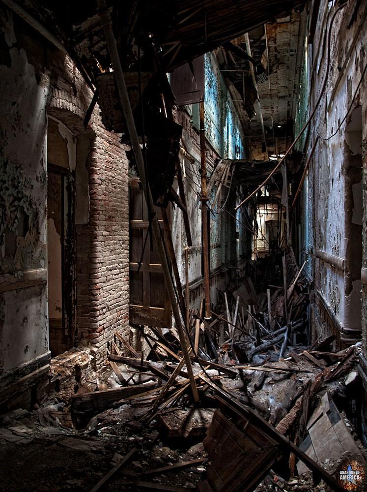 Abandoned asylum  | Abandoned America