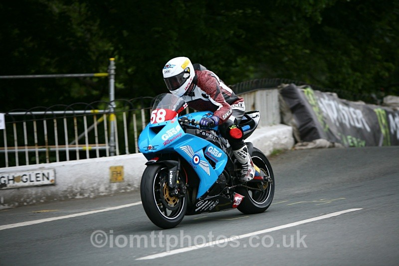 - Superstock Race