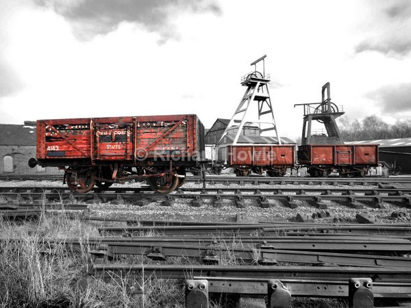 Red Trucks - Potteries Images