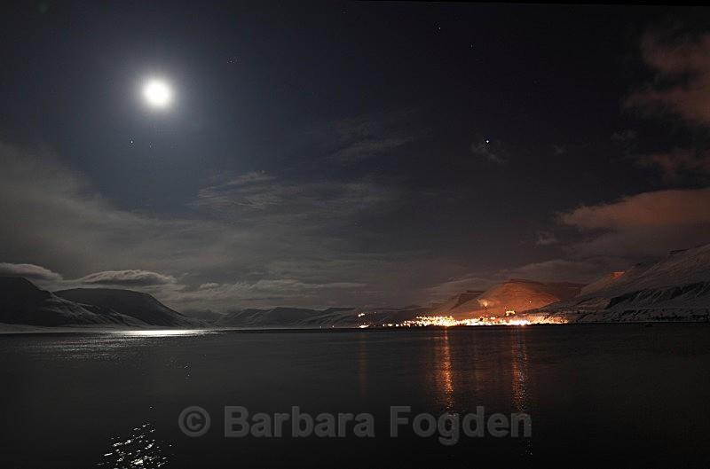 Longyearbyen and Adventfjorden 2789 - Polar night