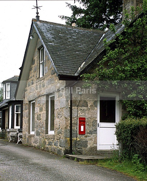 Crathie Post Office -2005 - Land and Sea
