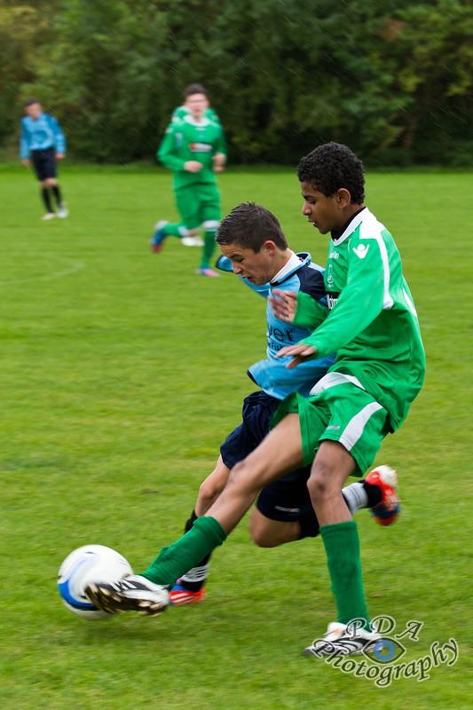 39 Football - Earls Barton United U16