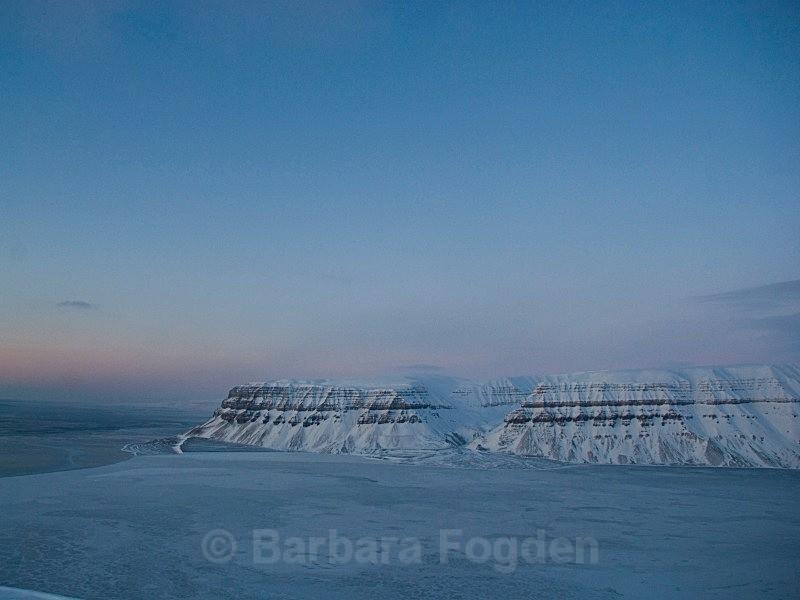 Templefjorden 0006 - The daylight returns