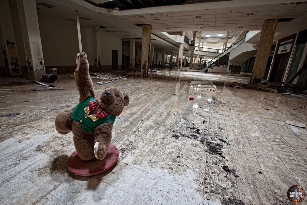 Randall Park Mall (North Randall, OH) | An Empty Triumph - Randall Park Mall