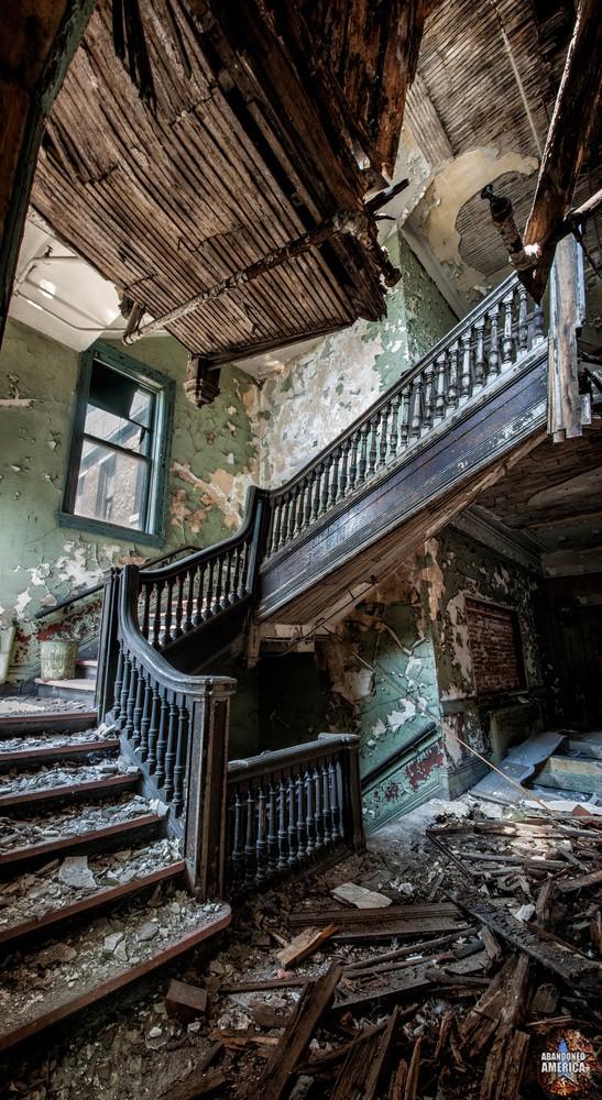 'stairway to heaven': Bethlehem Steel (Lackawanna, NY)   Abandoned America