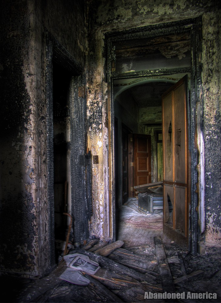 A House on Fire: The Downfall of Pennhurst State School and Hospital
