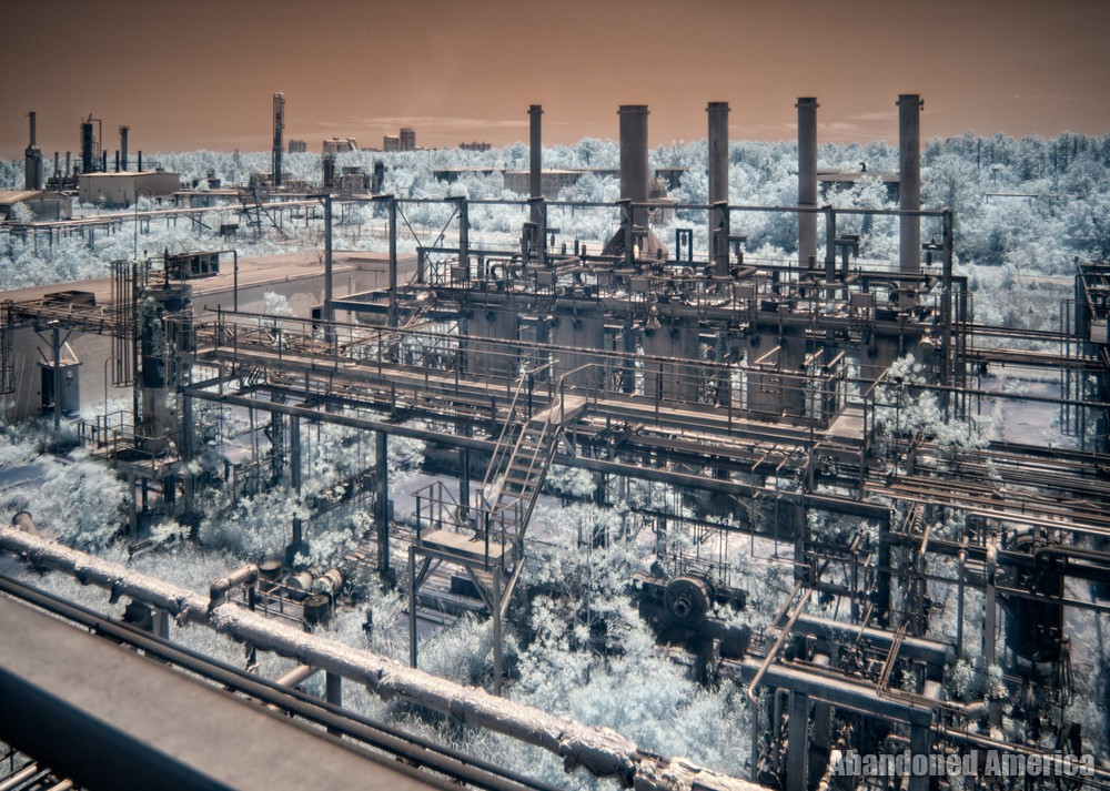 - GAMXX Oil Refinery