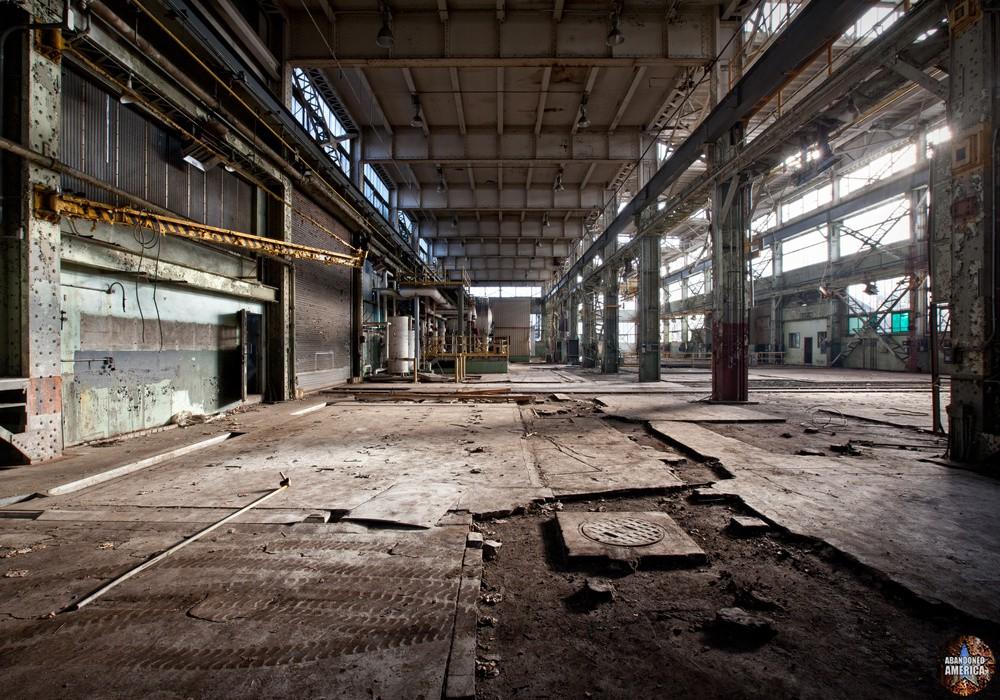 Philadelphia Naval Shipyard | Cavernous - Philadelphia Naval Shipyard