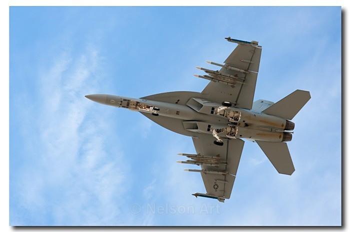 F-18 - Machines