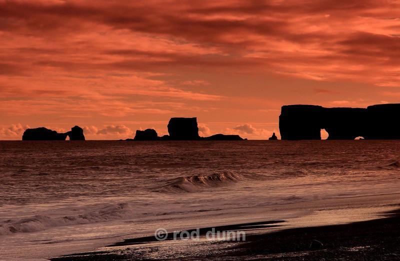 Dyrholaey sunset - Iceland