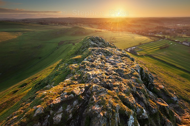 Thorpe Cloud Morning Light  | Derbyshire Peak District Sunrise