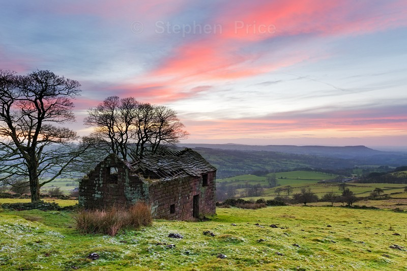 Roach End Barn at Sunset | Peak District Landscape Photography