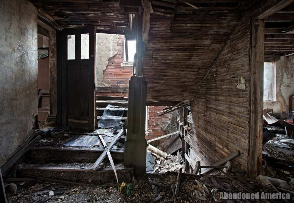 What Remains of Our Faith: Abandoned Churches in Our Midst   Abandoned America