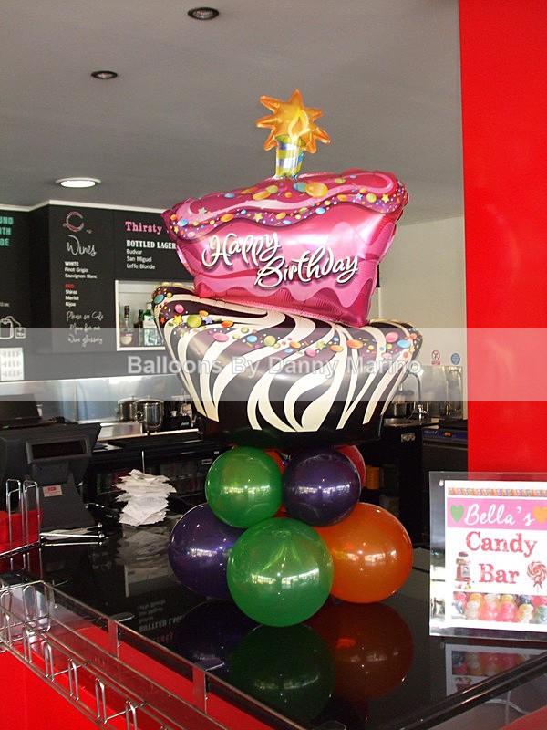 Happy birthday cake - Birthday Balloons