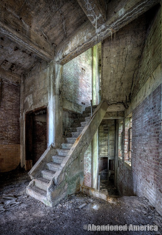 Abandoned Abbattoir - Matthew Christopher's Abandoned America