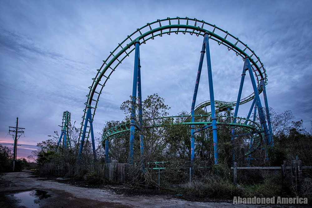 Six Flags (New Orleans, LA) | Jester Roller Coaster Coils - Six Flags New Orleans