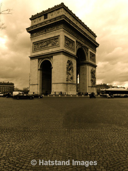 The Arc de Triomphe - places