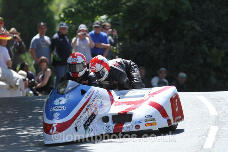 IMG_2288 - Sidecar Race 2 - TT 2013